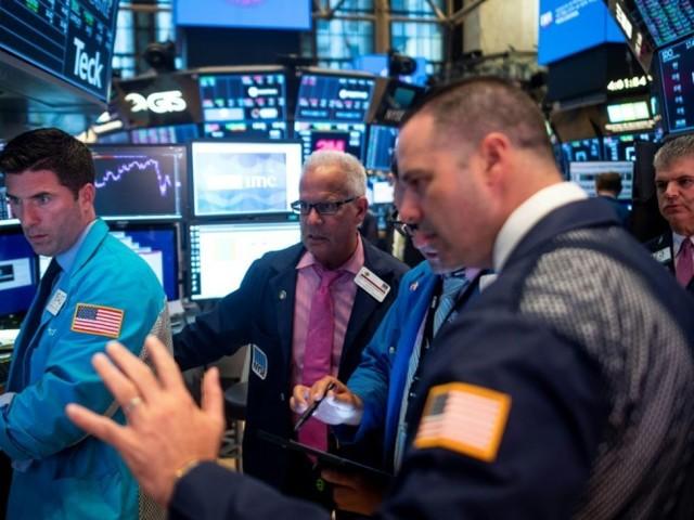 Wall Street clôture nettement dans le rouge, plombée par les craintes d'une récession