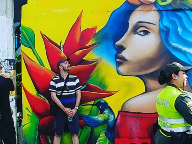 La Comuna 13, Graffiti Tour : après l'enfer, le rêve du tourisme