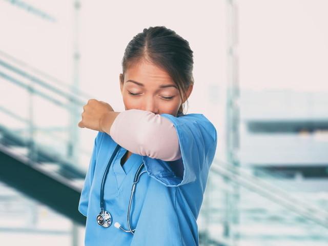 Coronavirus: 1nouveau mort en France, l'épidémie s'accélère