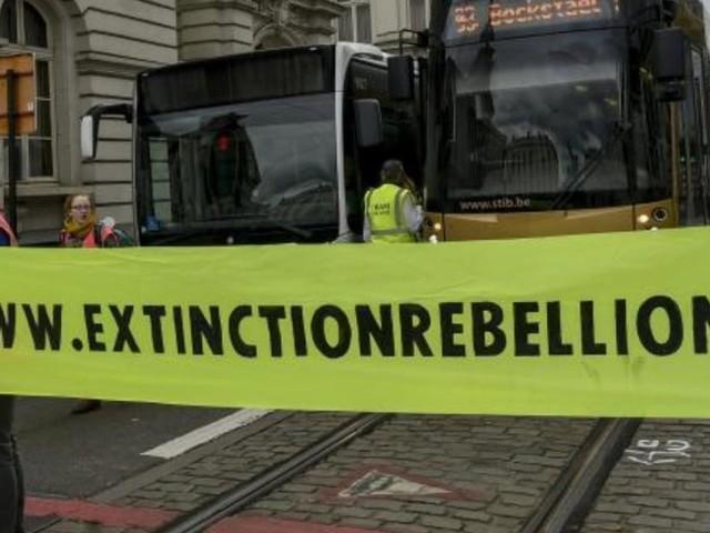 Des dizaines de témoignages d'abus ont été rassemblés par le mouvement Extinction Rebellion: une enquête ouverte