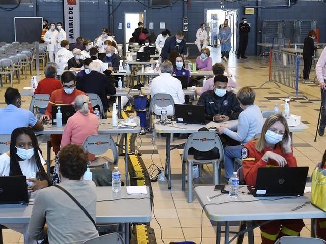 Vaccin contre le Covid-19 : plus de 4000 injections réalisées au vaccinodrome de Toulouse ce week-end