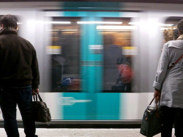 "Le trafic RATP restera ""très perturbé"" vendredi 3 janvier"