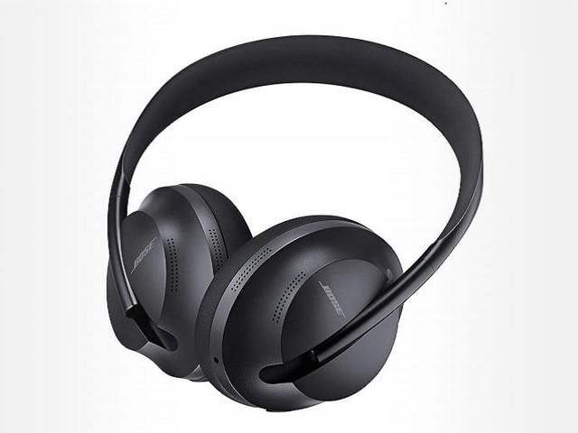 Le casque sans fil à réduction de bruit Bose Headphones 700 passe sous la barre des 300 €
