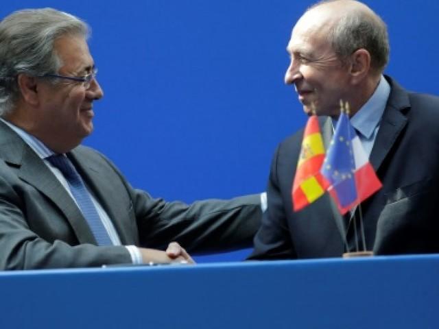 """Espagne: les enquêteurs cherchent à savoir pourquoi l'Audi des """"terroristes"""" était en région parisienne"""