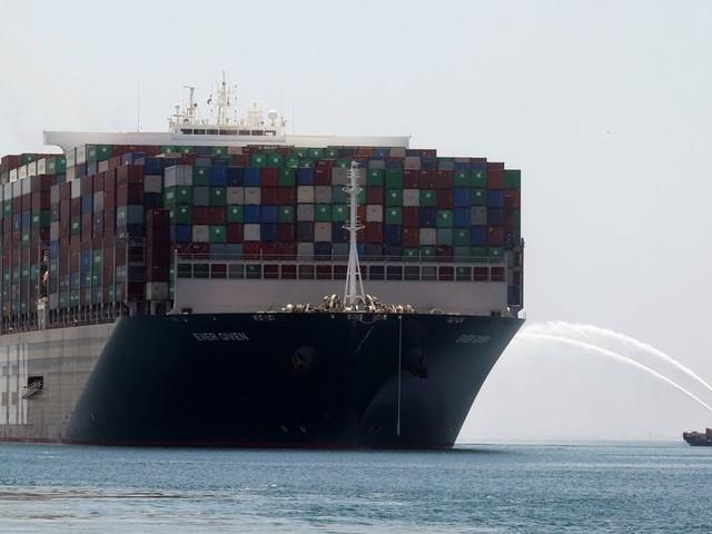 L'Ever Given, qui avait bloqué le Canal de Suez, a enfin levé l'ancre