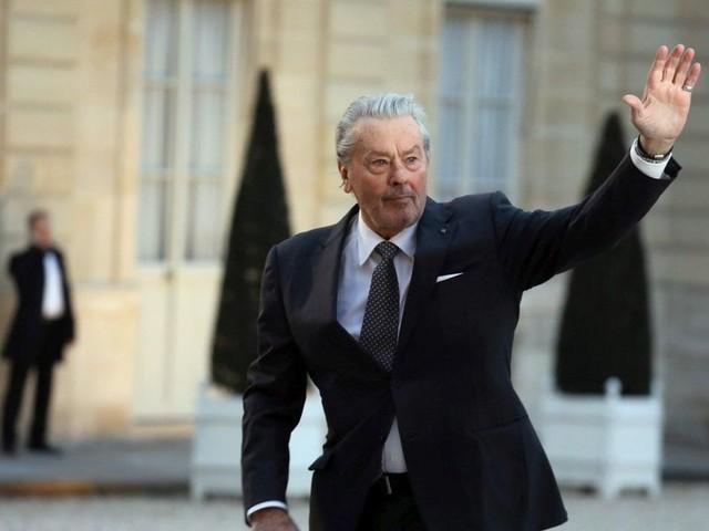 """Cannes 2019. Alain Delon répond à la polémique : """"on ne peut pas contester ma carrière !"""""""