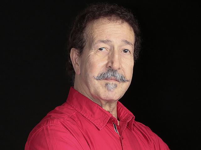 Lounis Aït Menguellet, poète et voix de la Kabylie