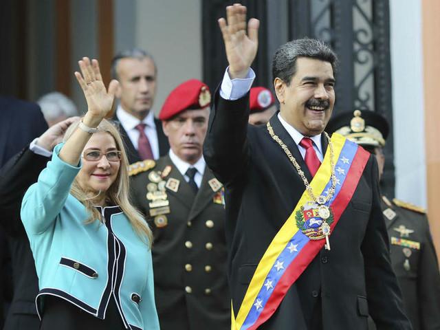 Venezuela : Maduro suspend le dialogue avec l'opposition en représailles aux sanctions américaines