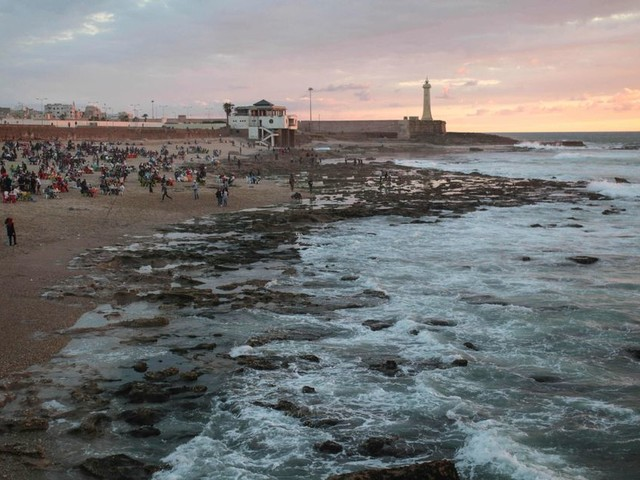 Opération plage propre à Rabat pour la Journée mondiale de l'océan