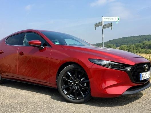 Essai - Mazda 3 Skyactiv-X : le moteur thermique du futur