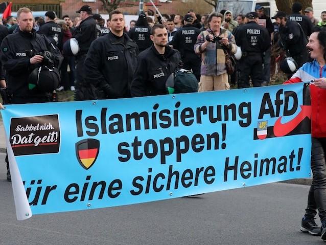 Allemagne de l'Est : l'enracinement de l'extrême droite, parti pour durer