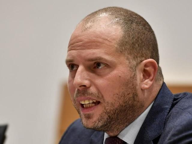 Donald Trump demande des explications à la Belgique à propos de l'affaire des visas qui touche Theo Francken: l'élu N-VA lui répond!