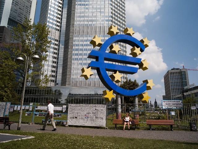 L'appel de Karlsruhe : l'Europe des nations ou l'empire d'une nation ?