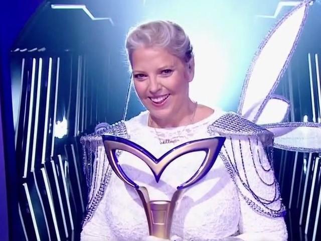 """Laurence Boccolini (Mask Singer): """"Ma fille Willow se balade partout avec le trophée!"""""""