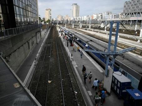 Panne technique à la gare Montparnasse, le trafic complètement interrompu