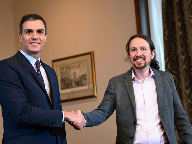 Espagne : accord de principe pour former un gouvernement entre le Parti socialiste et Podemos