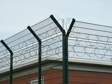 Les prisons vont ouvrir leurs portes au grand débat