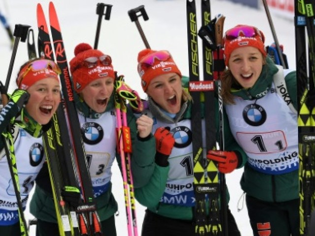 Biathlon: les Allemandes relancent la machine, les Françaises 9es