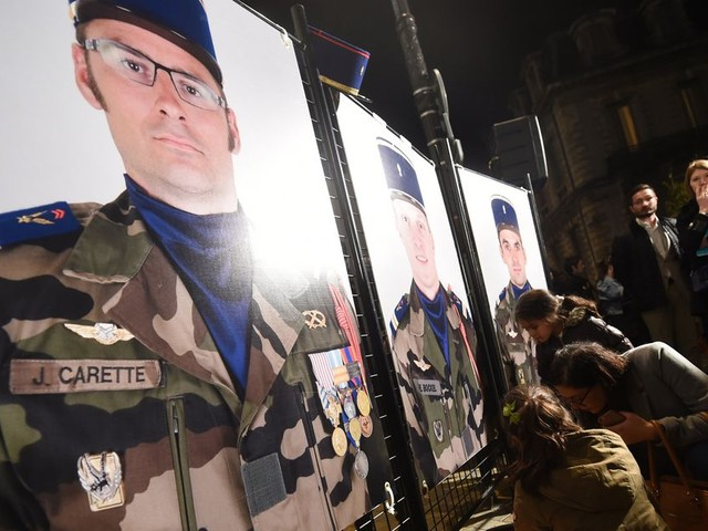 À chaque fois que nos soldats sont tués pour servir la France, nous avons ce sentiment de perdre un membre de notre famille