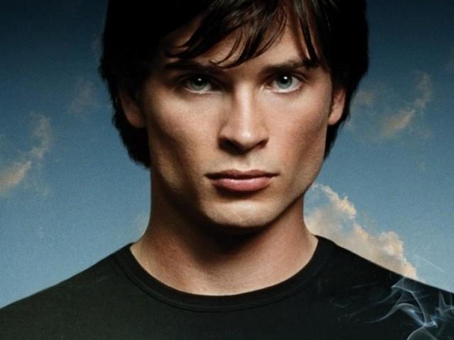 Arrowverse : Tom Welling (Smallville) reprendra son rôle de Superman dans le crossover, c'est officiel !