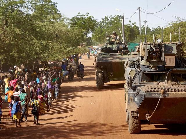 """EDITO - La force """"Takuba"""" au Sahel ? """"Un plan de communication"""""""
