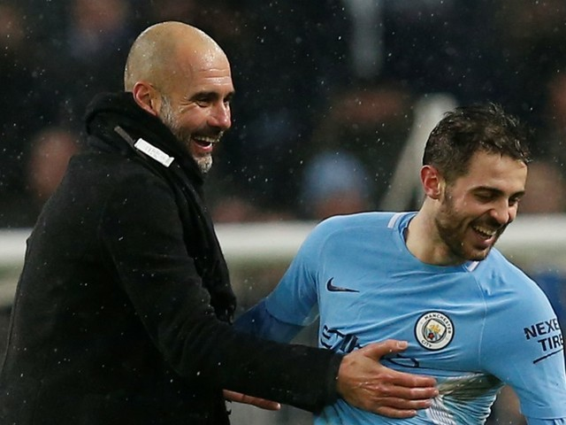 City: Guardiola défend Bernardo Silva