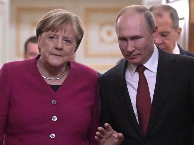 La Libye au coeur des discussions entre Poutine et Merkel