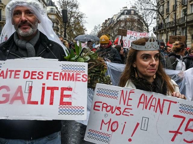 Ce que la réforme des retraites va vraiment faire aux femmes