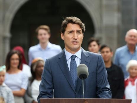 Canada: Trudeau lance la bataille de législatives à l'issue incertaine