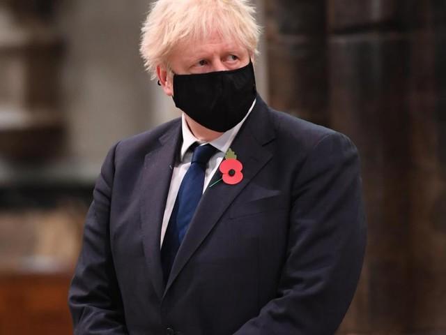 Boris Johnson s'isole après un contact avec une personne testée positive au Covid-19