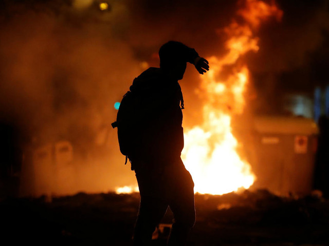Chaos à Barcelone après une manifestation monstre