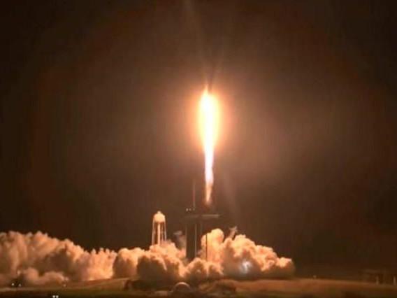 SpaceX: quatre astronautes se dirigent vers la station spatiale