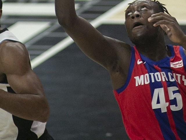 Basket – NBA : Doumbouya relance Detroit, Portland éteint Harden, nouveau record pour Doncic, Orlando s'offre les Lakers