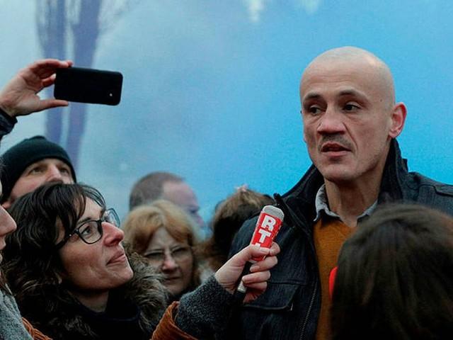 Affaire de la cagnotte: Christophe Dettinger, le boxeur de gendarmes, demande 3 millions d'euros à Leetchi