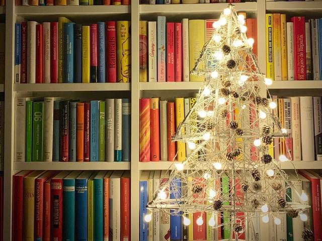 """Pour Noël, les Islandais célèbrent les livres avec le """"Jolabokaflod"""""""