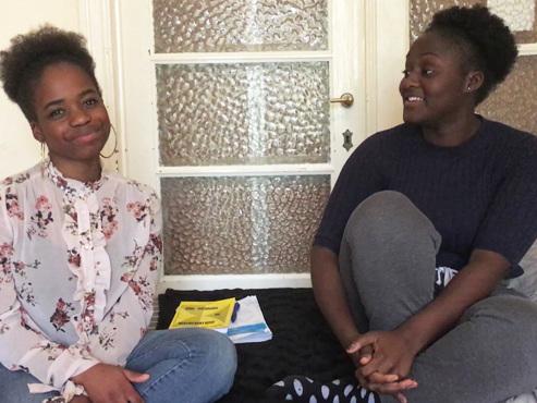 C'est le jour J pour les étudiants qui rêvent de médecine: Grâce et Céline révèlent comment elles ont préparé ce nouvel examen d'entrée