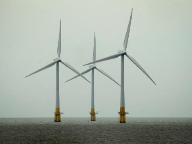 Eolien en mer: EDF s'implante au Royaume-Uni en attendant la France