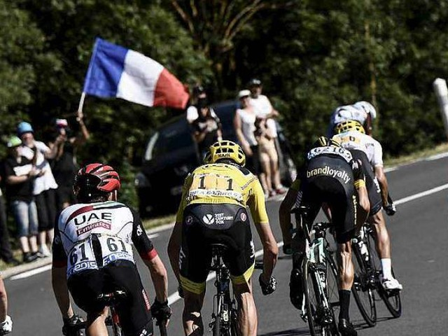 Tour de France (16e étape). DIRECT : un début d'étape agité!