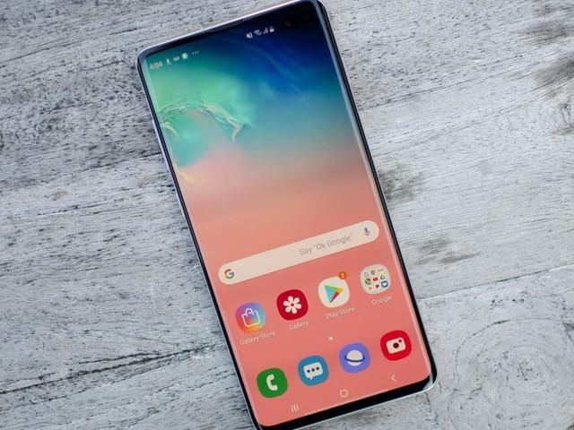 Bon Plan Samsung Galaxy S10+ : -36% de réduction sur le flagship