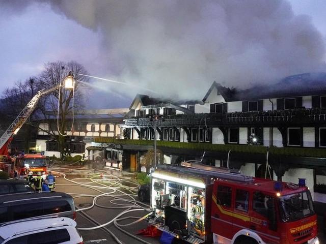 Forêt-Noire : le restaurant trois-étoiles Schwarzwaldstube détruit dans un incendie