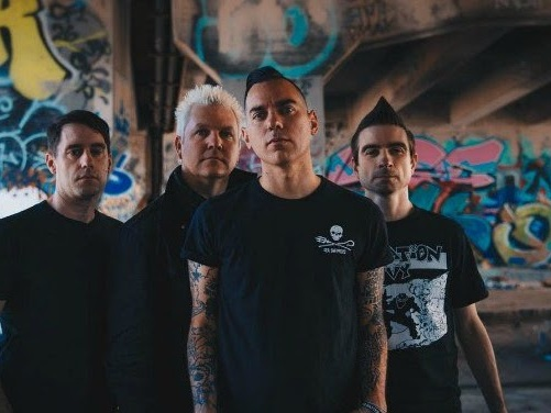 Anti-Flag : When The Wall Falls (clip live officiel)