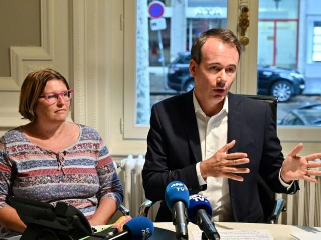 Une enquête ouverte à Marseille sur un bébé né avec une main mal formée dans l'Ain