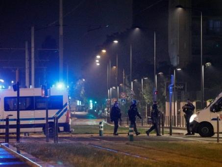 Nuit de violences moins intense en banlieue parisienne, une école visée à Gennevilliers