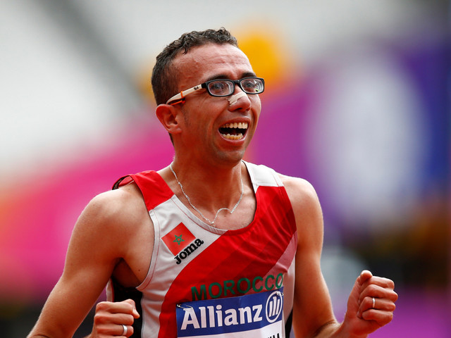 L'athlète marocain Youssef Benibrahim établit un nouveau record mondial aux championnats d'athlétisme handisport
