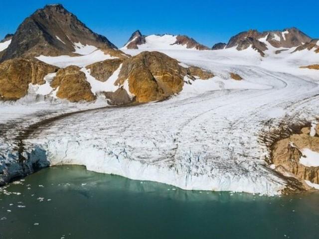 Le Groenland a perdu 532 milliards de tonnes de glace en 2019, un record