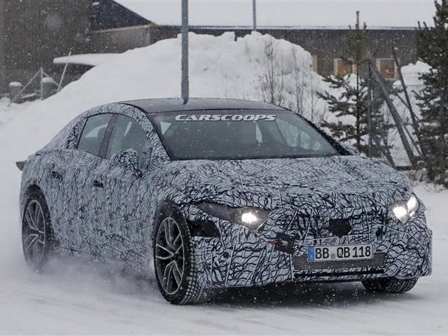 Mercedes EQS : le Grand Nord, en attendant la version de série