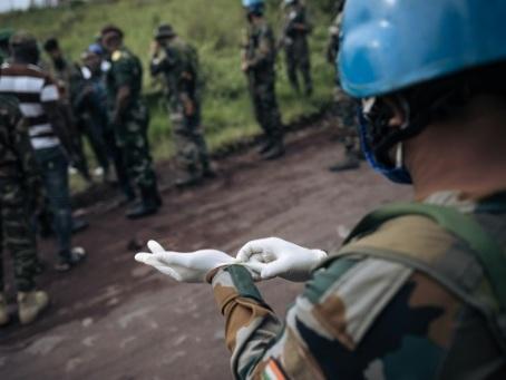 """RDC: mort de l'ambassadeur d'Italie, Kinshasa condamne une """"attaque terroriste"""""""