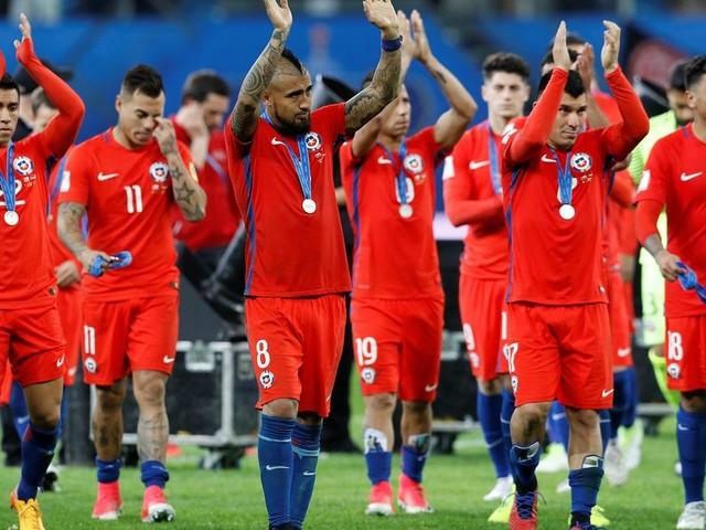 """L'équipe de foot du Chili refuse de jouer un match """"par respect"""" pour la crise sociale en cours"""