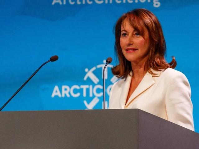 Frais d'ambassadrice des pôles : la justice ouvre une enquête visant Ségolène Royal