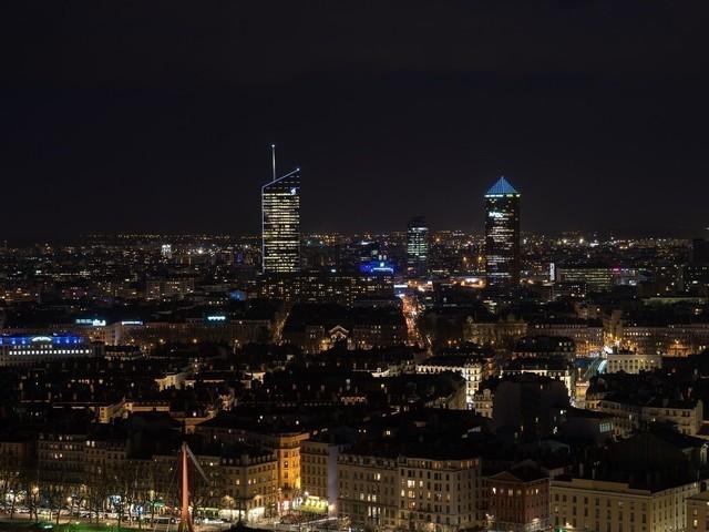 Les rues de Lyon dans le noir à cause d'une grève des agents d'éclairage public ?